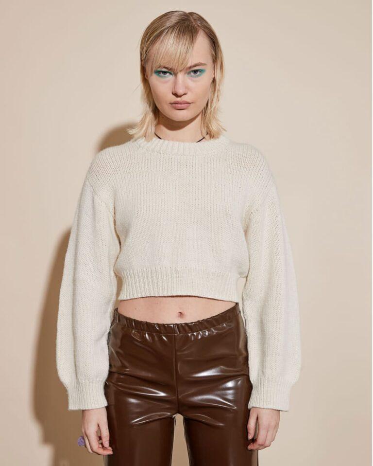 Boring Sweater 01