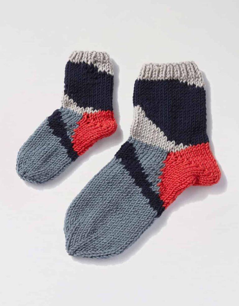 Magpie Socks Knitting Kit